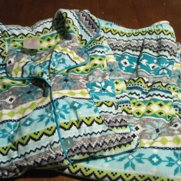 Secret Treasures L/S Velour Pajama Set Size S 4-6
